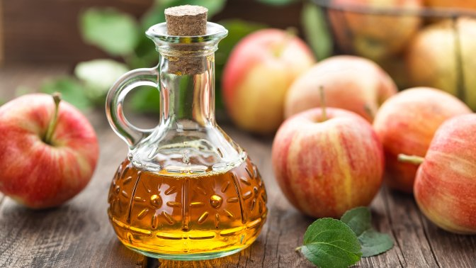 The benefits of apple cider vinegar for your dog